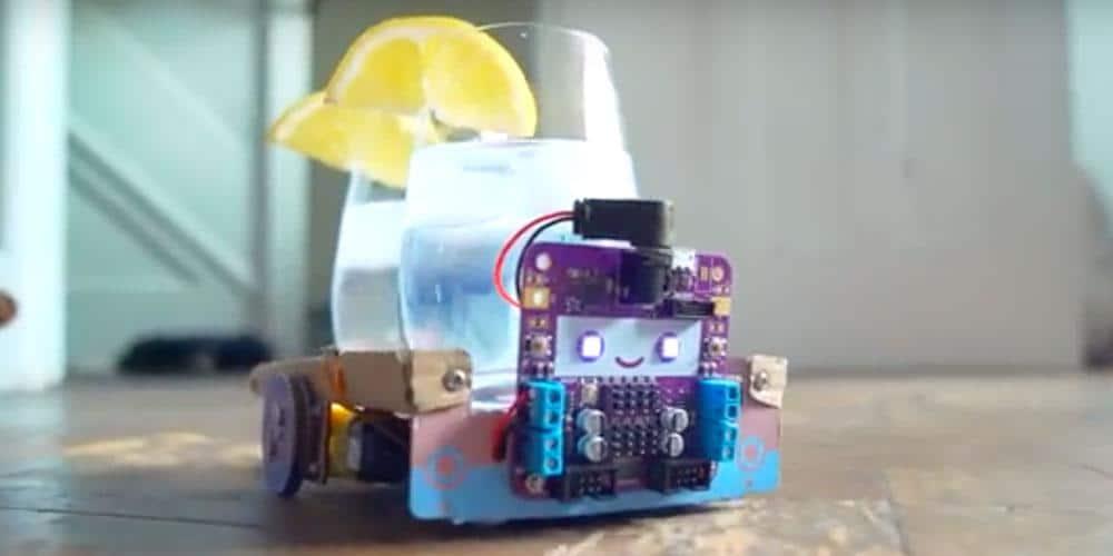 Smartibot robot van karton