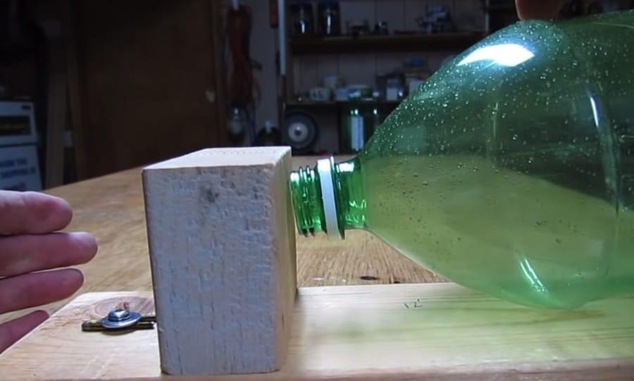 Muizenval zelf maken fles diervriendelijk