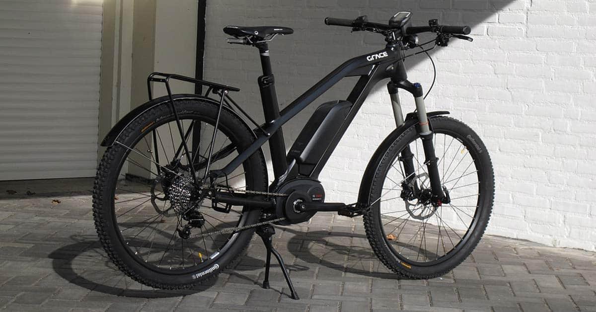 e-bike populair elektrische fiets zwart feat