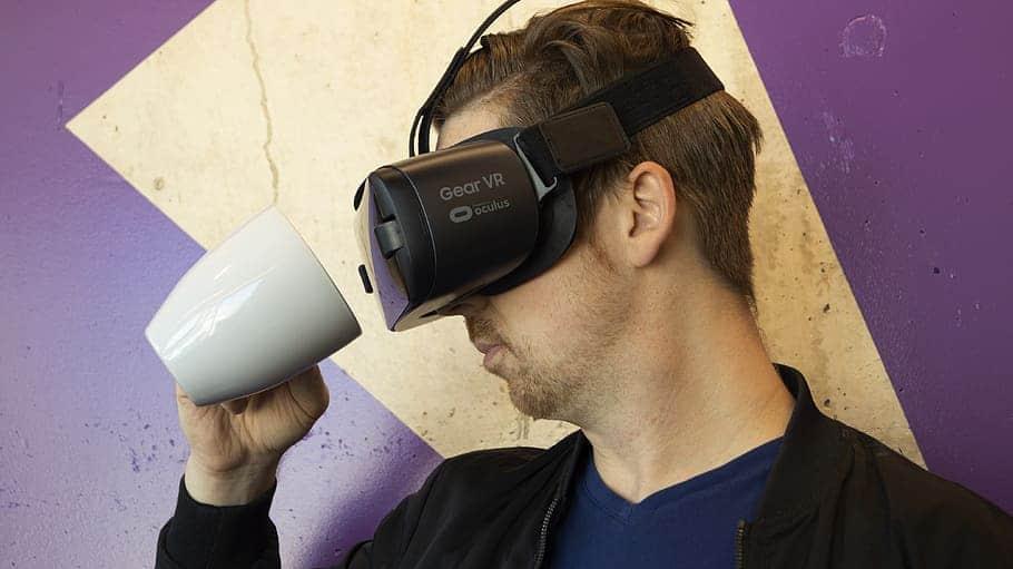 Virtual reality VR dining